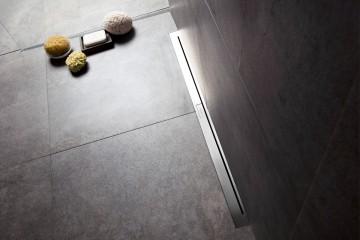 The thinnest linear shower drain