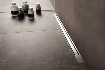 Small linear shower drain