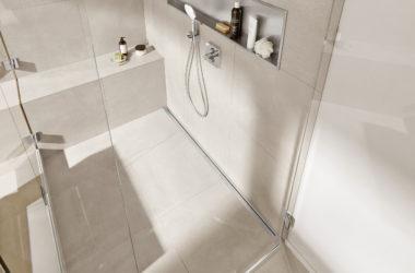 9个浴室的完美淋浴排水装修的提示