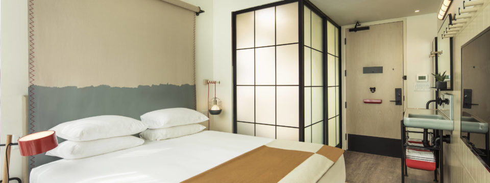 Moxy_Hotel_NYC (1)