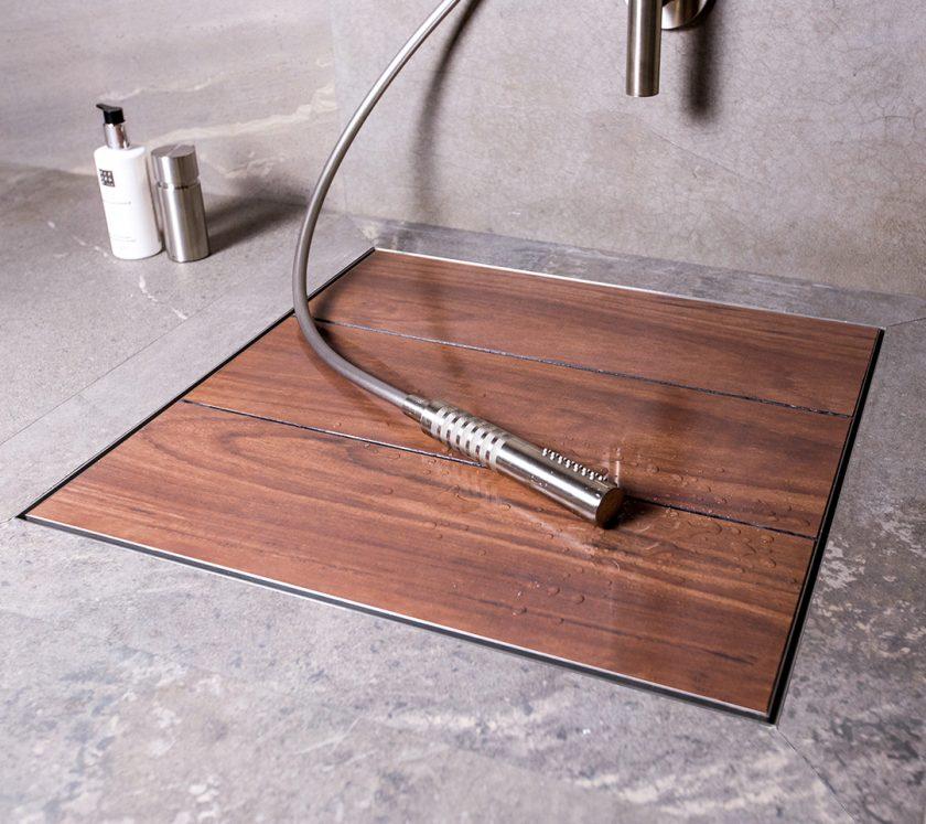 design duschrinne easy drain duschen in vollkommener freiheit. Black Bedroom Furniture Sets. Home Design Ideas