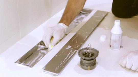 Cómo limpiar el desagüe de la ducha en 3 pasos  c969d9811a38