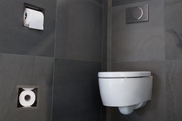 Toiletpapir holder inkl. Magasin til opbevaring af 5 ruller